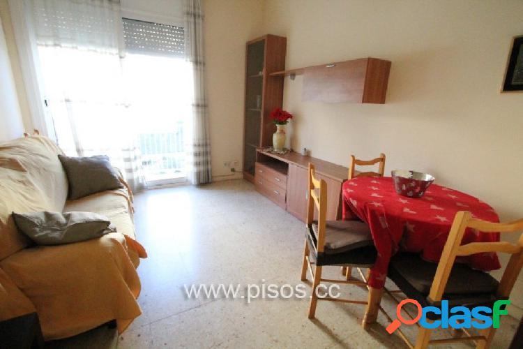 Piso amueblado de 2 habitaciones en pleno barrio de Gracia