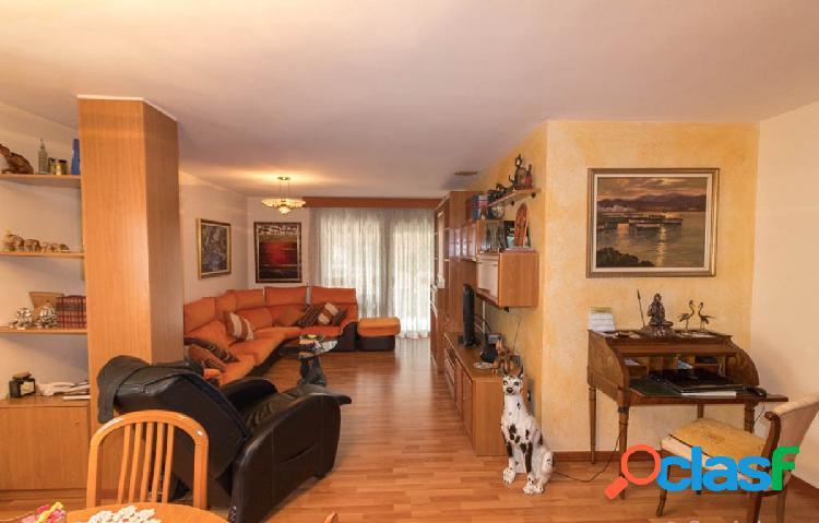 Piso de 108 m2 en Venta en Figueres