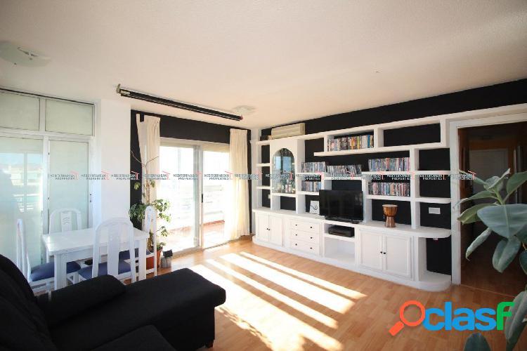Piso de 2 dormitorios con espectaculares vistas a la