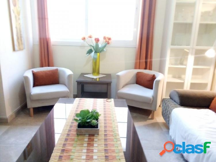 Piso de 2 dormitorios en alquiler por larga temporada en Las
