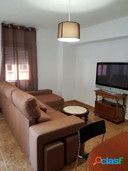 Piso de 3 dormitorios en Fontiveros