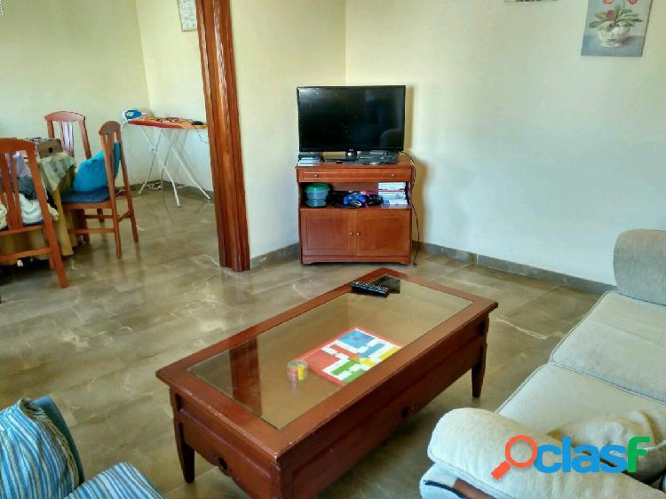 Piso de 3 dormitorios en Obispo Hurtado en alquiler!