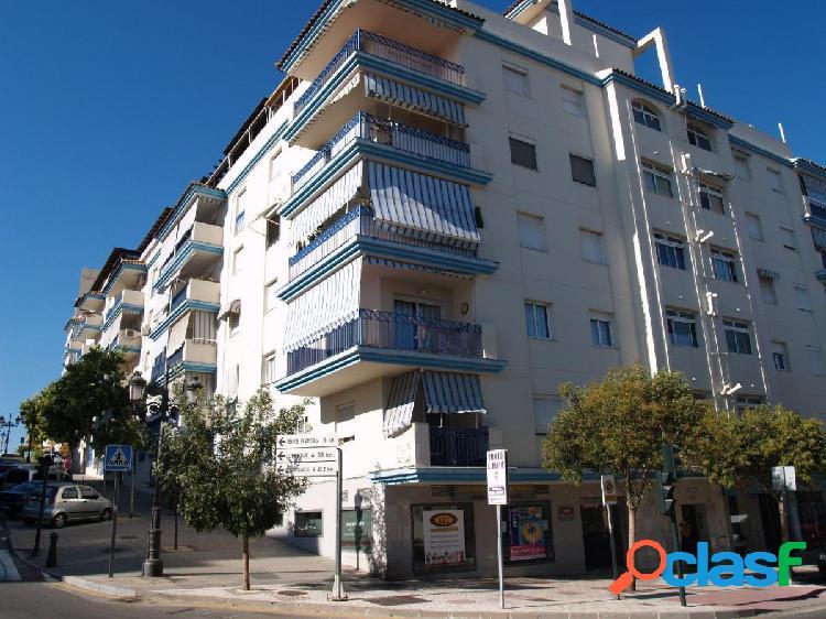 Piso de 3 dormitorios en venta en el centro de Estepona