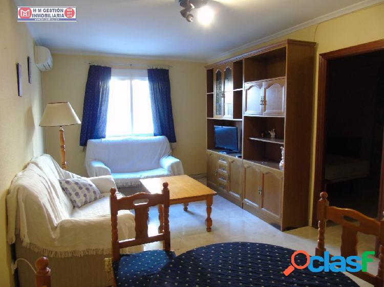 Piso de 3 dormitorios y dos baños completos, en planta baja