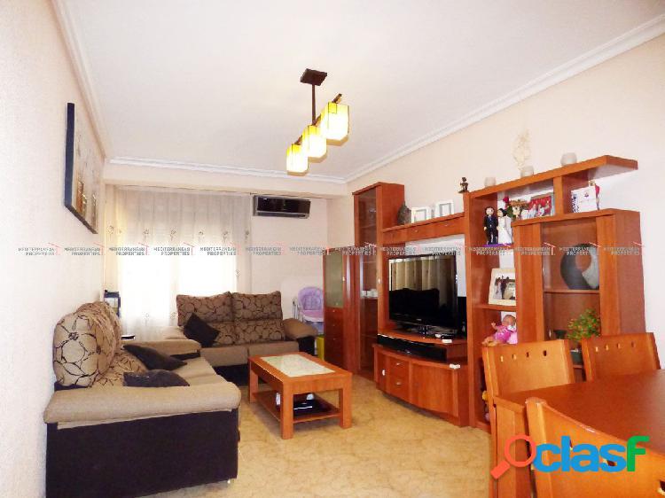 Piso de 4 dormitorios con 2 terrazas y vistas panorámicas