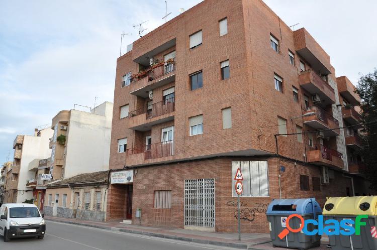 Piso de cuatro habitaciones en El Palmar Murcia