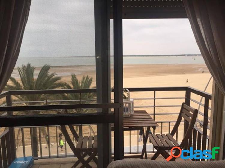 Piso en alquiler en primera linea de la playa de Sanlúcar