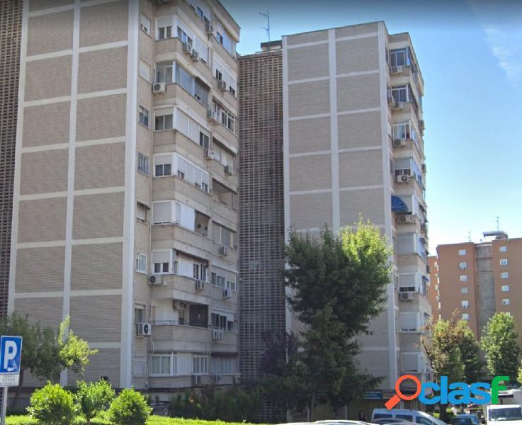 Piso en venta calle Barcelona, 28945, Fuenlabrada, Madrid