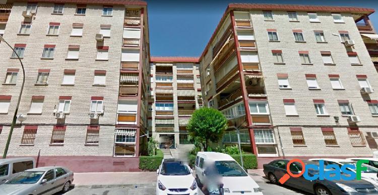 Piso en venta en calle Juan Ramón Jimenez, Urbanización