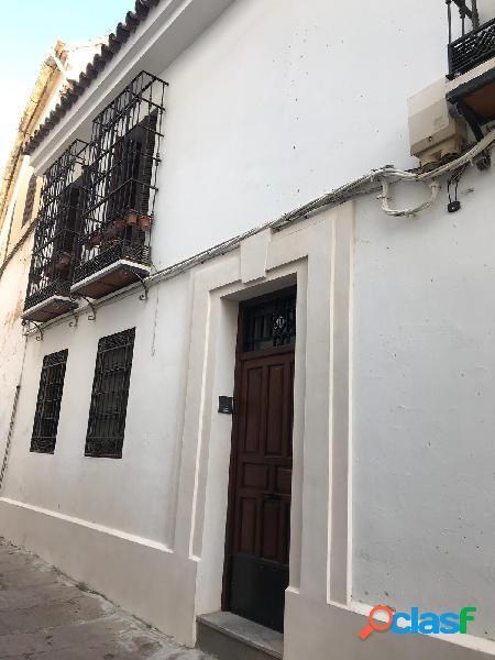 Piso en venta en calle Julio Romero de Torres, 10