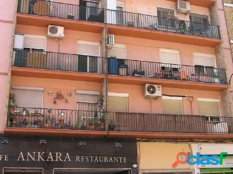 Piso en venta en calle Leopoldo Romeo de Zaragoza