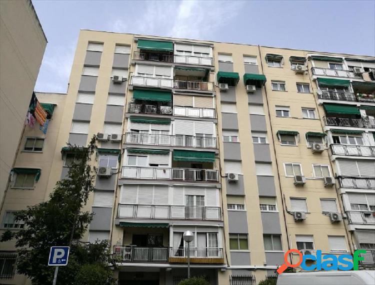 Piso en venta en calle Rio Llobregat, zona del Hospital,