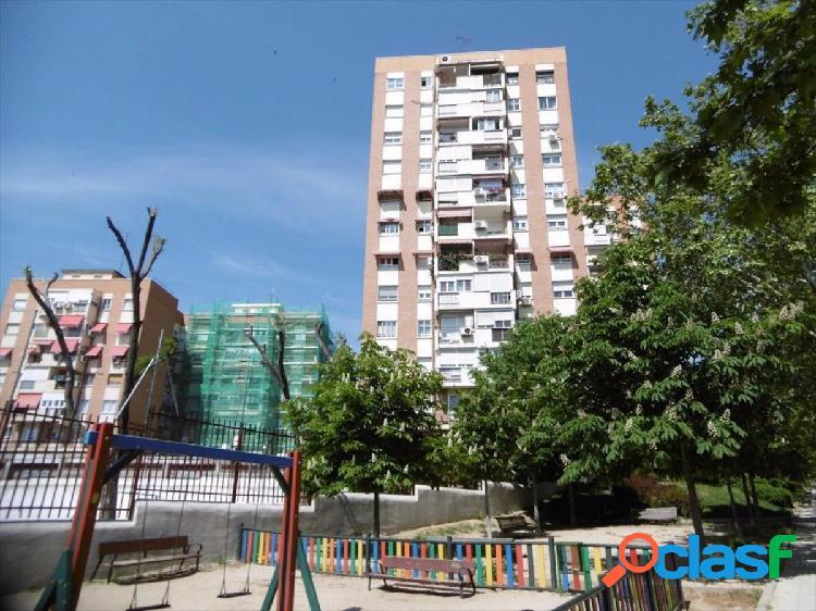 Piso en venta en calle Torregrosa, Barrio de Hortaleza,