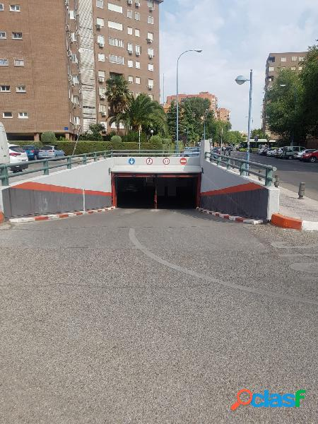 Plaza de garaje - Avda. Francia de 13 m2