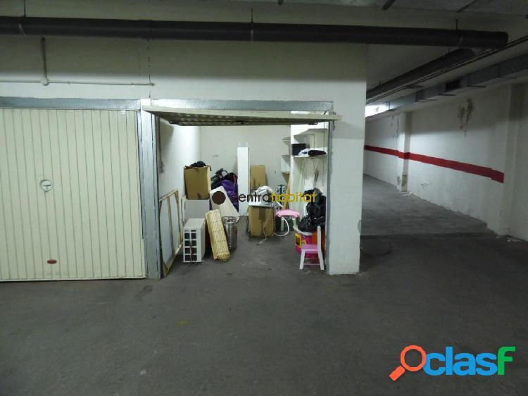 Plaza de garaje cerrada en el centro de Elda, próxima a