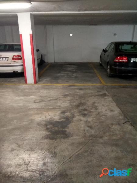 Plaza de garaje en venta en el Ensanche.