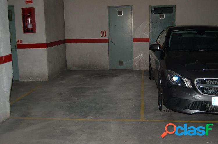 Plaza de garaje y trastero en c/ doctor luis calandre (cerca