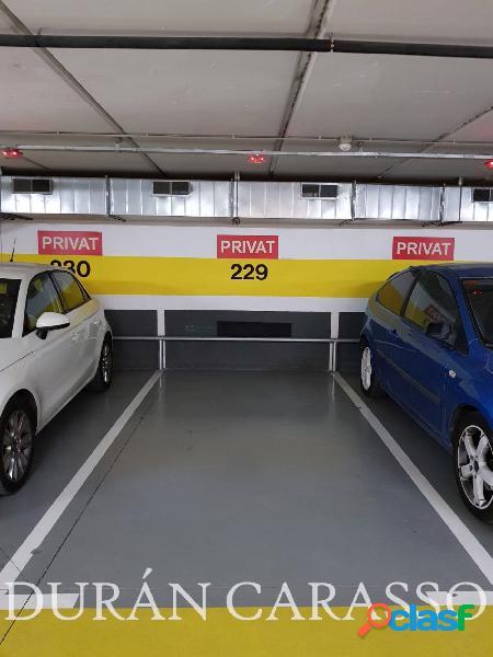 Plaza de parking en Paseo Marítimo de Sitges