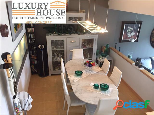 Preciosa casa adosada en venta en el centro de La Massana