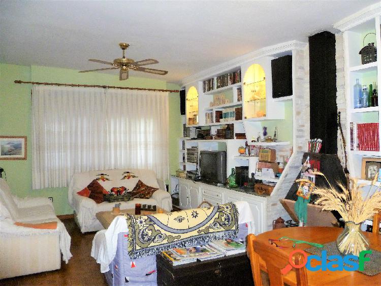 Precioso Chalet en San Vicente del Raspeig, 230 m2, en