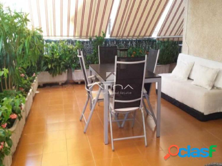 Precioso apartamento con terraza de 80 m2 situado en la