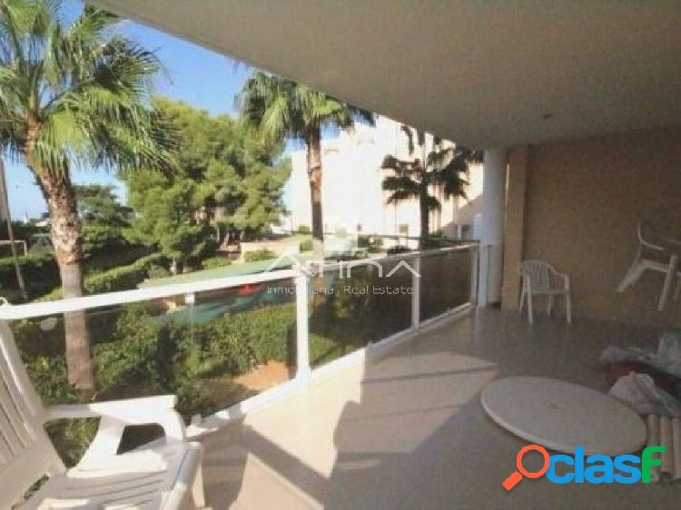 Precioso apartamento situado en primera línea de la playa a