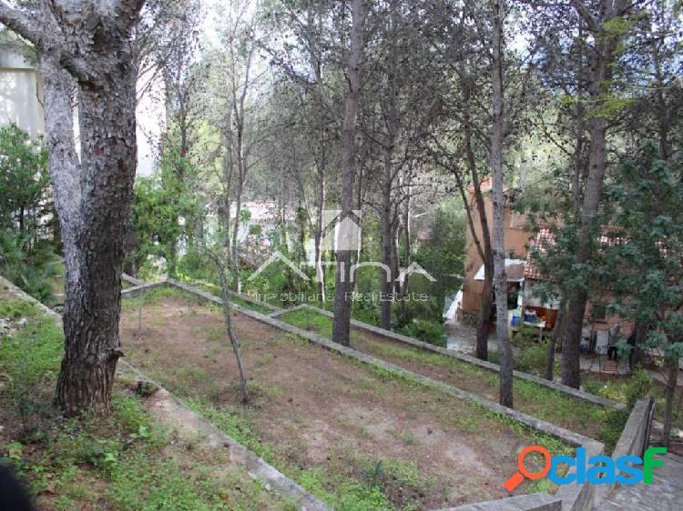 Precioso chalet con parcela de 1900 m2 rodeado de naturaleza