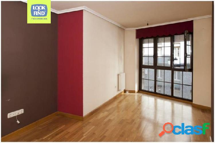 Precioso e impecable piso de 2 habitaciones, en el centro de