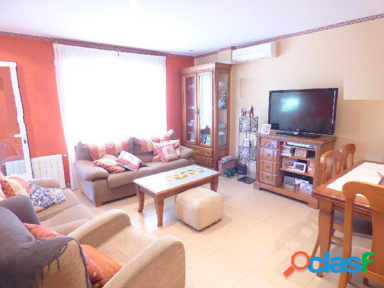 Precioso piso en Monóvar, completamente reformado, muy bien