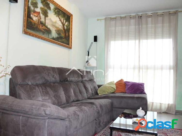 Precioso piso en el pueblo de Oliva,