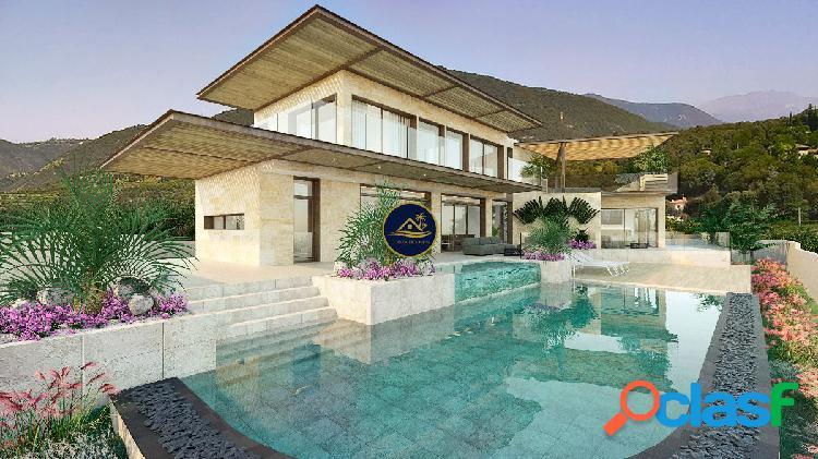 Proyecto Villa de Lujo de Estilo Vanguardista con VISTAS al