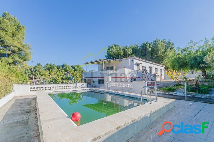 Ref 03632 - EXCLUSIVA - Chalet con piscina en Villamarchante