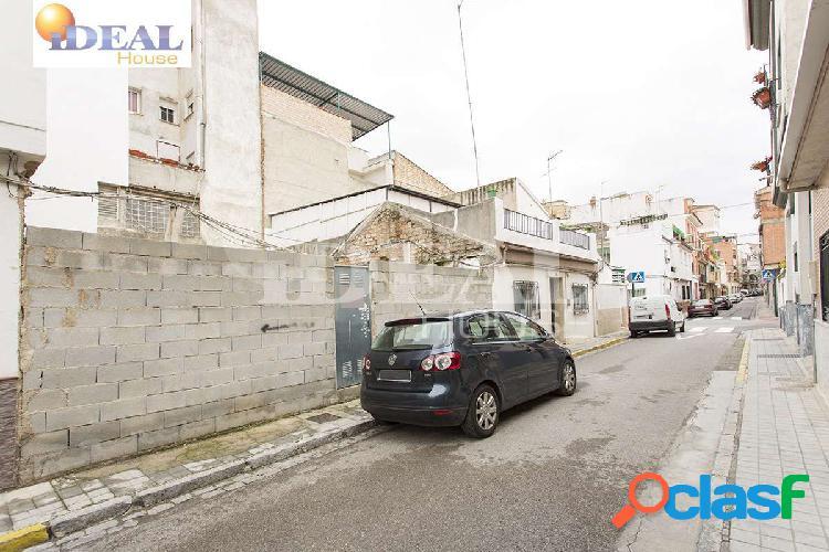 Ref: A2138J1 Magnifico solar de 91 m2 en Granada Capital,