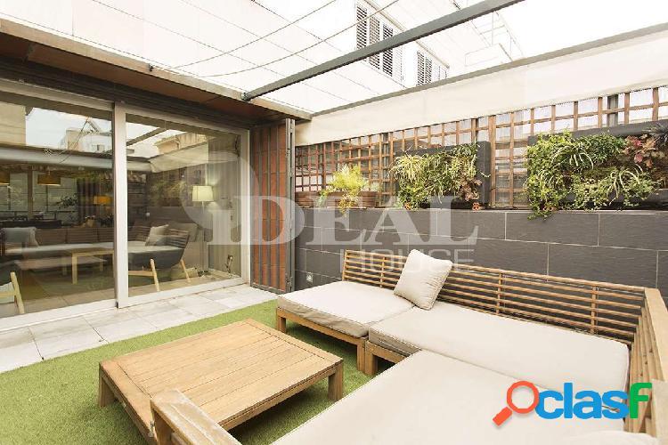 Ref: A2850V5. Magnifica casa adosada de diseño en Granada