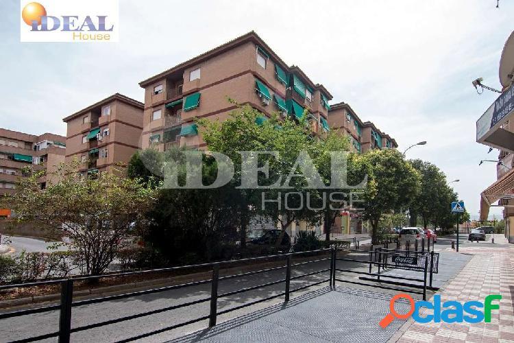 Ref: A3275J6. Oportunidad de vivienda en el barrio de la