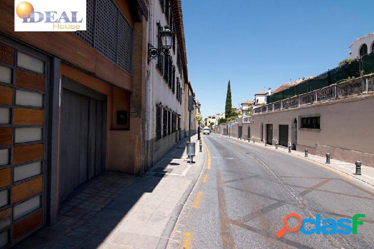 Ref:A3022J6. Plaza de garaje en el Barrio de El Realejo