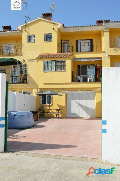 SE VENDE CHALET POR CASAS DE JUAN NUÑEZ