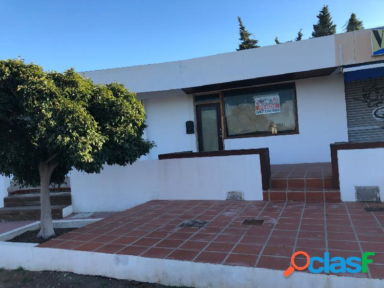SE VENDE LOCAL COMERCIAL EN CALA FLORES