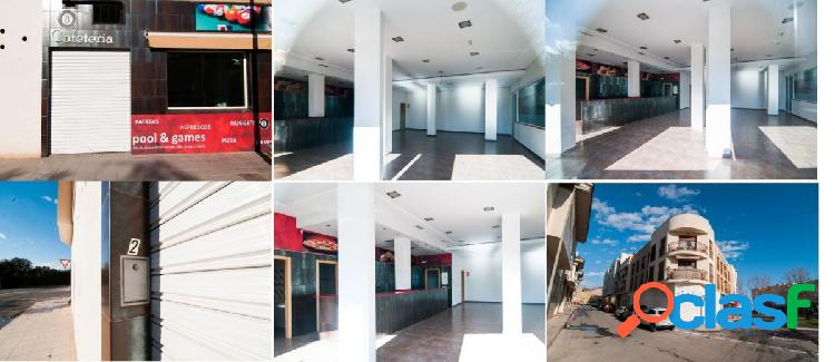 SE VENDE LOCAL COMERCIAL EN PILAR DE LA HORADADA