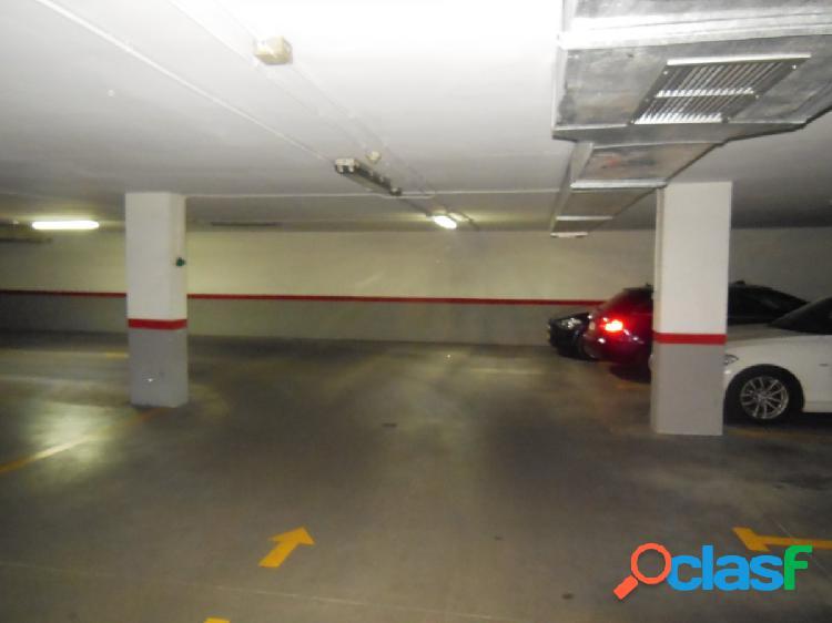 Se alquila Plaza de Garaje en Avda Europa