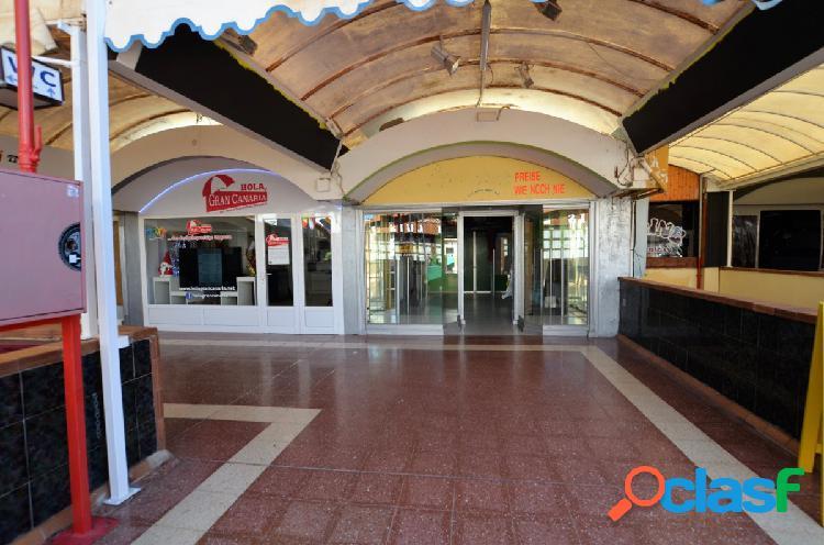 Se alquila local comercial en el Centro Comercial Cita