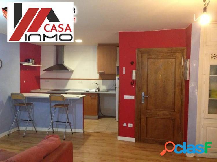 Se alquila o vende piso totalmente reformado y amueblado en
