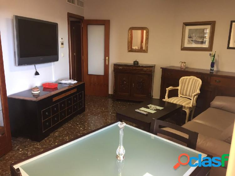 Se alquila piso amueblado en Cesareo Alierta (Zaragoza)