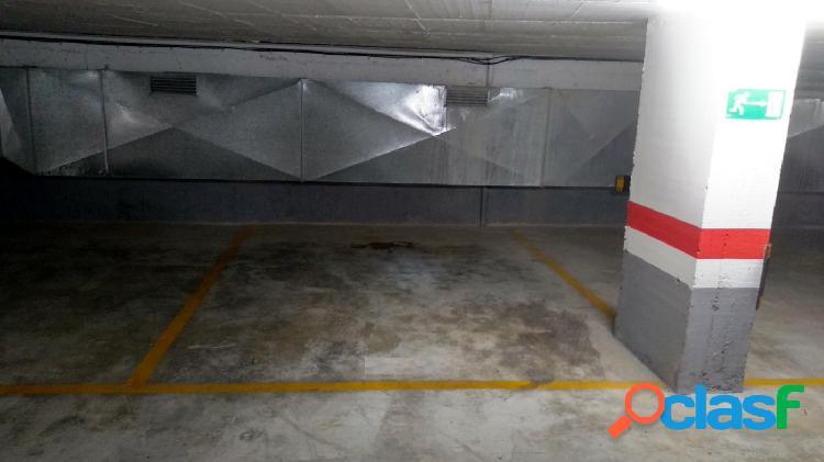 Se alquila plaza de garaje en ALCOY -- ZONA NORTE