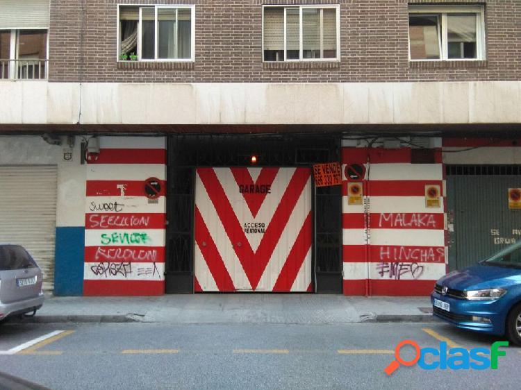 ¡ Se alquila plaza de garaje en zona Pedro Antonio!