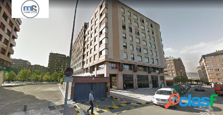 Se vende Plaza de Garaje en Pío XII