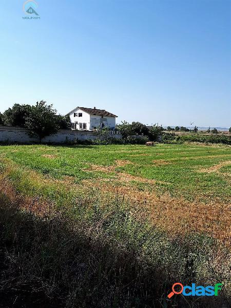 Se vende Terreno Rústico en Miraflores - Alagón de 2103 m2