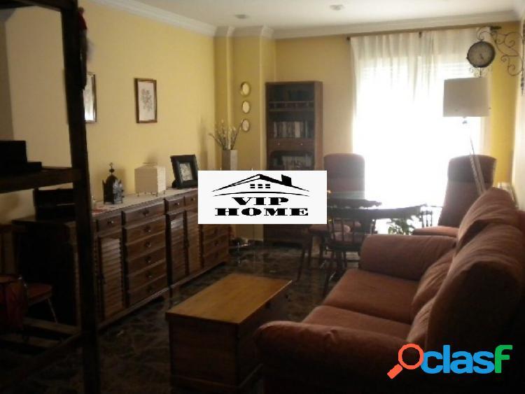 Se vende apartamento duplex en zona san pedro