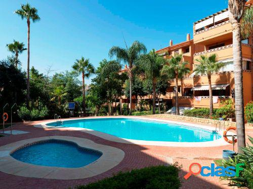 Se vende apartamento en la Milla de Oro de Marbella.