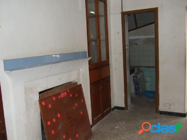 Se vende casa de planta baja en Novelda